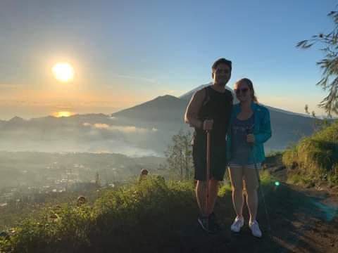 contact Bali Tours